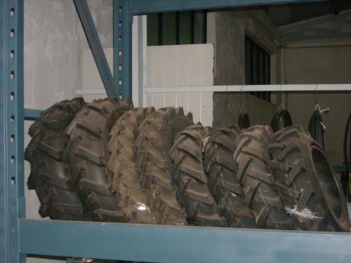 Gomme pneumatici anteriori/posteriori trattori Kubota