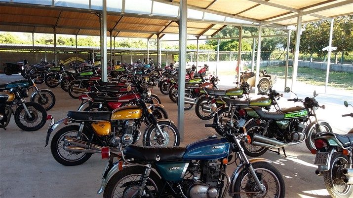Moto Kawasaki Honda Suzuki 1973-1974
