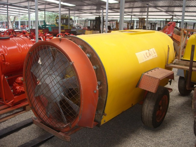 Atomizzatore vulcano 1000 litri crrellato funzionante.