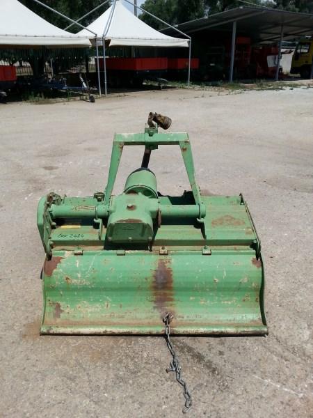 Fresa ,Fresatrice Celli CE 115 usata,cambio velocità e albero cardanico con frizione.