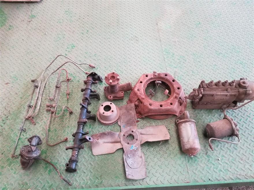 Ricambi usati per trattore Fordson Dexta